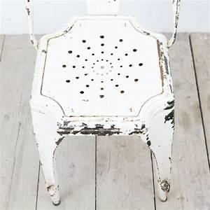 Weißer Spiegel Vintage : wei er vintage stuhl von fibrocit bei pamono kaufen ~ Markanthonyermac.com Haus und Dekorationen