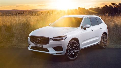 2018 Volvo Xc60 T8 Inscription 4k 2 Wallpaper
