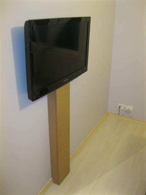 cache cable pour bureau câble caché tv au mur appart tv cacher et mur