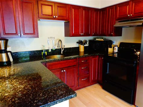 advanced kitchen cabinets 202 route 27 raymond nh real estate listing mls 4640279 1166