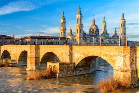 Zaragoza Aragon Spain Love 2 Fly