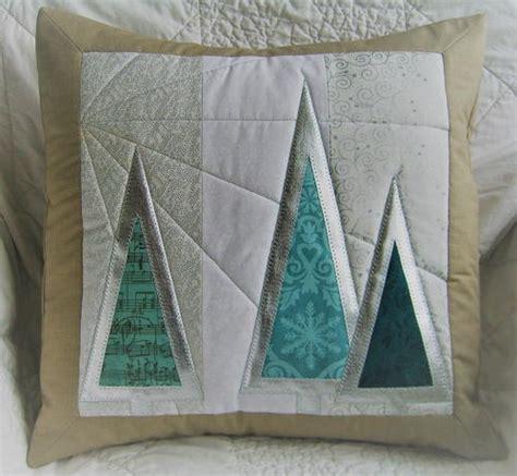 diy snowflake pillow allfreesewingcom