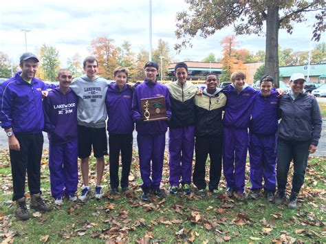 cross country district champs finish regionals lakewood city