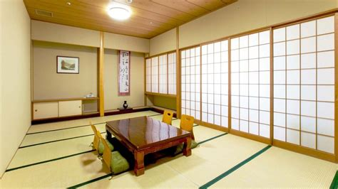 Bedroom Decorating Ideas Japanese Style by Rooms In Japan Japanese Style Bedroom Japanese Style