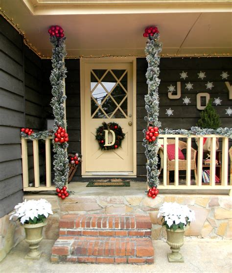 decorating porch column for xmas front porch decorating ideas country