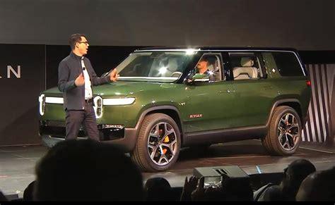 Rivian Unveils New Suv At La Auto Show