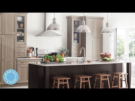 martha stewart purestyle cabinets martha stewart introduces textured purestyle kitchen