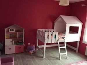 Cabane Chambre Fille : chambre pour petites filles et fillettes ~ Teatrodelosmanantiales.com Idées de Décoration