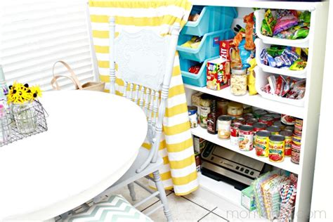 This post contains affiliate links. No Pantry, No Problem ~ Food Storage Ideas - Mom 4 Real