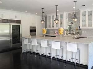 Mirrored Herringbone Backsplash - Contemporary - kitchen