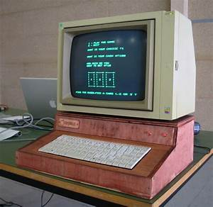 Apple I Replica With Apple Ii Monitor