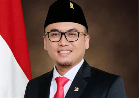 jokowi maruf resmi dilantik arwan aras kita optimis