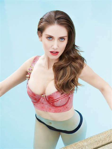 Hot Pictures Of Alison Brie The Glow Tv Series Actress