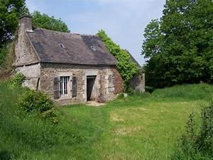 Maison à La Campagne : belle isle en terre ancienne maison dans la campagne une photo de belle isle en terre ~ Melissatoandfro.com Idées de Décoration