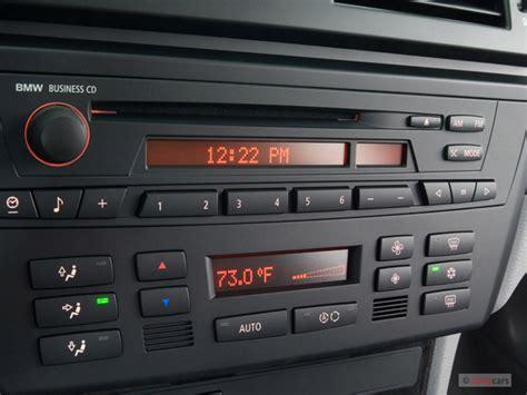 image  bmw  series awd  door  audio system