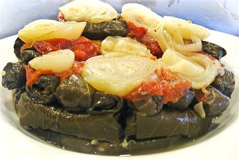 bassma cuisine vegetarian stuffed grape leaves recipe mahshi warak enab