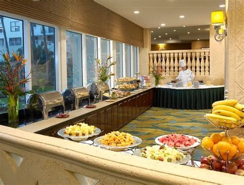 holiday inn miami beach updated  prices hotel