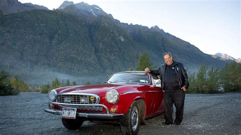 irv gordon reaches  million miles    volvo p