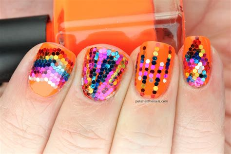 Nail Art With Glitter : 20 Glitter Nail Designs For The Everyday Glamazon