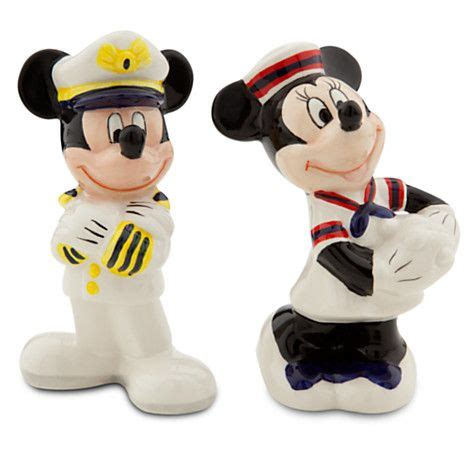 Mickey Mouse Kitchen Essentials Collection by Mickey And Minnie Mouse Salt And Pepper Shaker Set