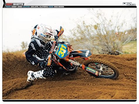 Dirt Bike Girls Wallpaper