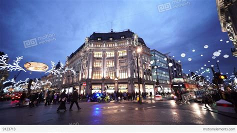 wide angle shot  london oxford circus street view