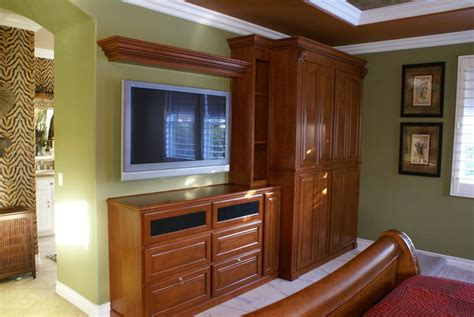 Bedroom Cabinet Design With Dresser by Bedroom Cabinets And Built In Dresser Platinum Cabinetry