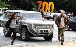 Ford Bronco 2018 : the real reason why a ford bronco concept is in dwayne johnson s new movie rampage hagerty ~ Medecine-chirurgie-esthetiques.com Avis de Voitures