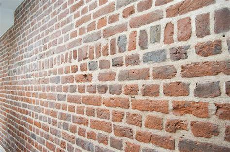 monter mur brique images