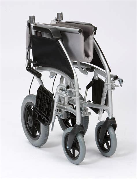 chaise roulante pliante légère chaise roulante avec a frein pliante ultra légère