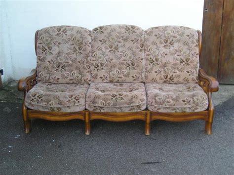 canapé rustique canapé rustique et ses 2 fauteuils ameublement maison