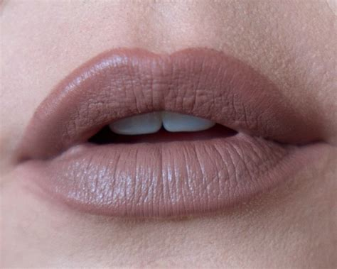 Brown Ombre Lips · How To Paint An Ombre Lip · Beauty On