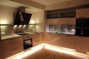 Eclairage Cuisine Sous Meuble : eclairage cuisine spot cuisine haut de gamme lyon spot ~ Dailycaller-alerts.com Idées de Décoration