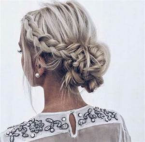 Best 25+ Braided buns ideas on Pinterest How to braid, Buns hairstyles tutorials and Braided