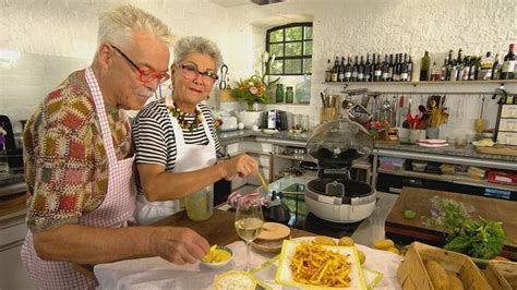 Doch die beiden sind nicht nur fernsehköche der ersten stunde, sondern auch passionierte kochbuchautoren und foodjournalisten. Beste Pommes - streichholzfein und knüppeldick | Martina und moritz, Martina moritz rezepte ...