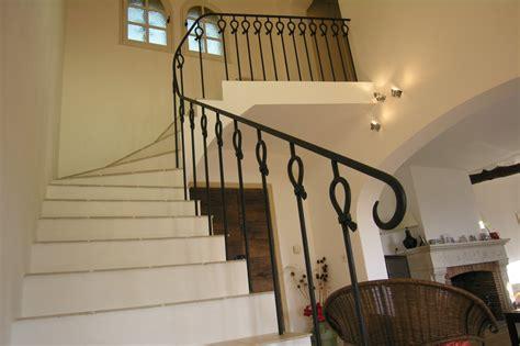 Trouver Modele Rampe D Escalier