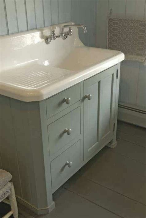 Farm Style Bathroom Sink by 106 Best Images About Cast Iron Sinks On