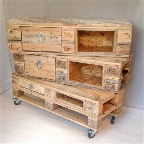 diy pallet chest  drawers  pallets
