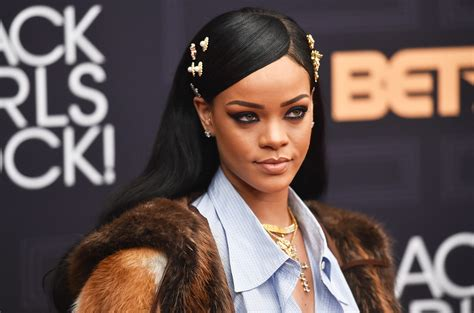 Rihanna Announces Global Scholarship Program