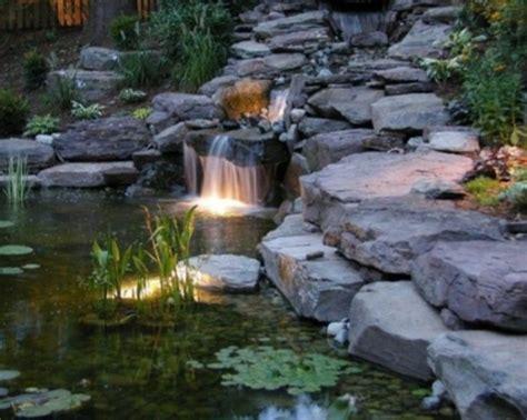 cascade et fontaine de jardin 69 d 233 co pour les moments de relaxe archzine fr
