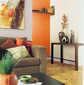 Deco Mur Interieur Moderne : associer la peinture orange dans salon cuisine et chambre ~ Teatrodelosmanantiales.com Idées de Décoration