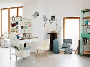 10 solutions de rangement astucieuses pour un bureau optimise for Good meuble bibliotheque bureau integre 8 10 solutions de rangement astucieuses pour un bureau optimise