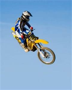 Assurance Amv Moto : participez gratuitement une course motocross avec l 39 assureur moto amv ~ Medecine-chirurgie-esthetiques.com Avis de Voitures