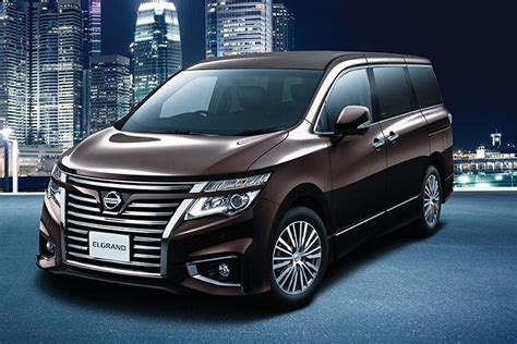 Nissan Elgrand Image by Nissan Elgrand Images Check Interior Exterior Photos Oto