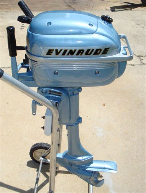 Evinrude Folding Boat Motor by 3hp Folding Evinrude Outboard