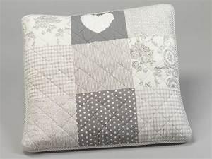 Housse De Coussin : housse de coussin patchwork 60 x 60 cm pois et fleurs gris simla neuf ebay ~ Teatrodelosmanantiales.com Idées de Décoration