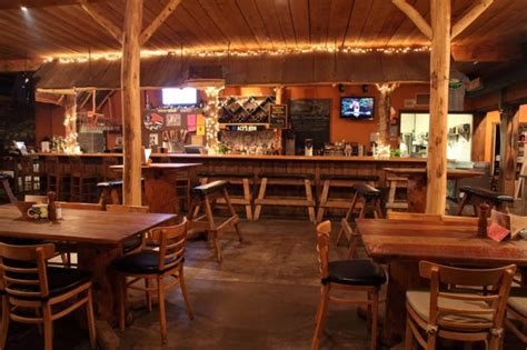 log cabin restaurant  maryland  delightfully charming