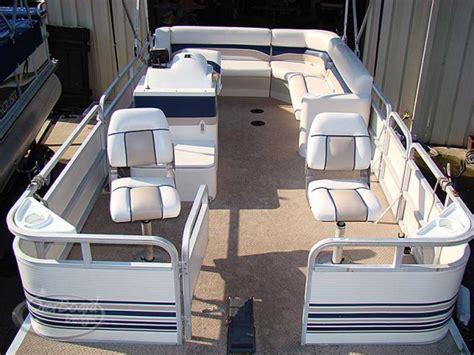 Best Pontoon Boat Design by Best Carpet For Pontoon Boats Carpet Vidalondon