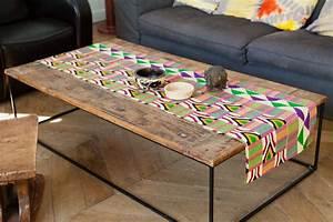 Chemin De Table Moderne : chemin de table tissu africain wax africouleur ~ Teatrodelosmanantiales.com Idées de Décoration