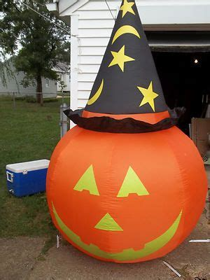 airblown inflatable  giant pumpkin  hat great yard lawn